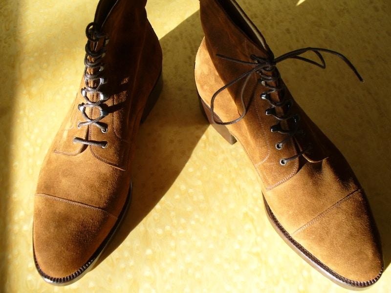 Boots i mocka på F-lästen. Bild: http://feastshoes.com/
