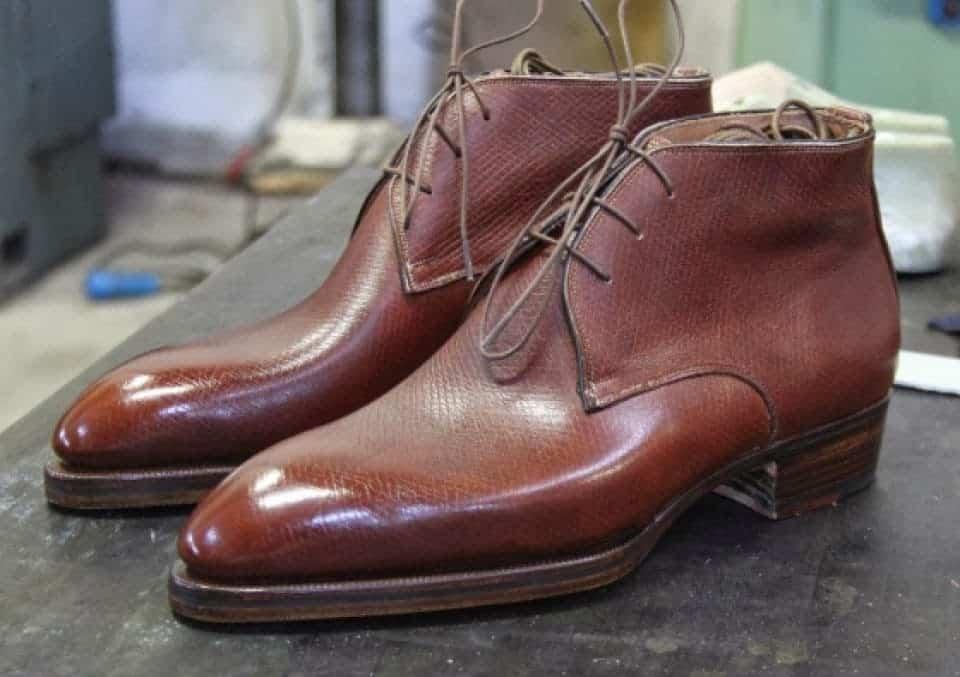 Chukka i mellanbrunt Hatch grain-läder, Almond toe-lästen.