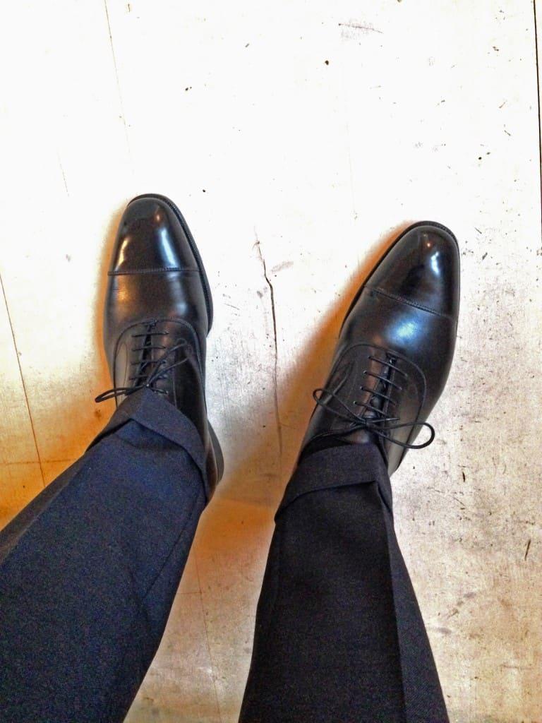 En obligatorisk sko i var mans garderob: en svart cap toe oxford.