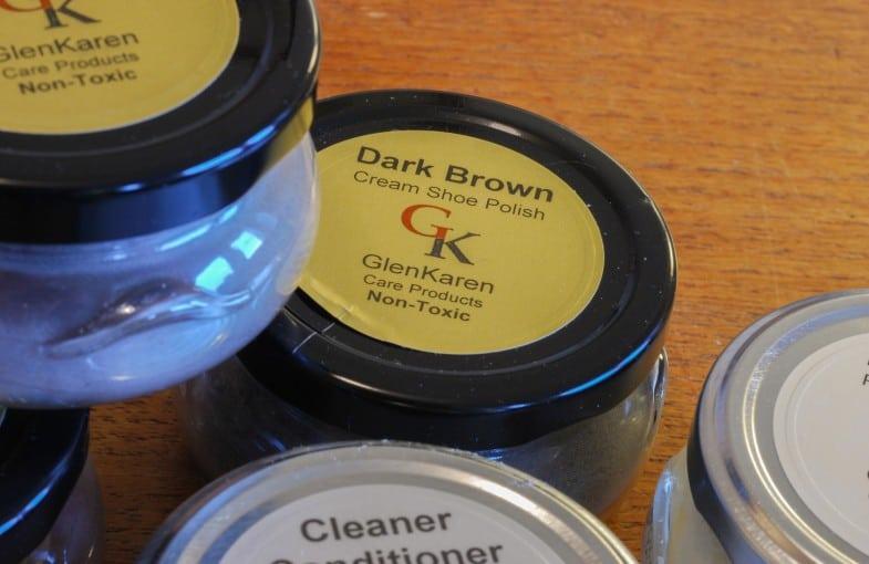 GlenKarens produkter kommer i stora glasburkar med ordentlig öppning.