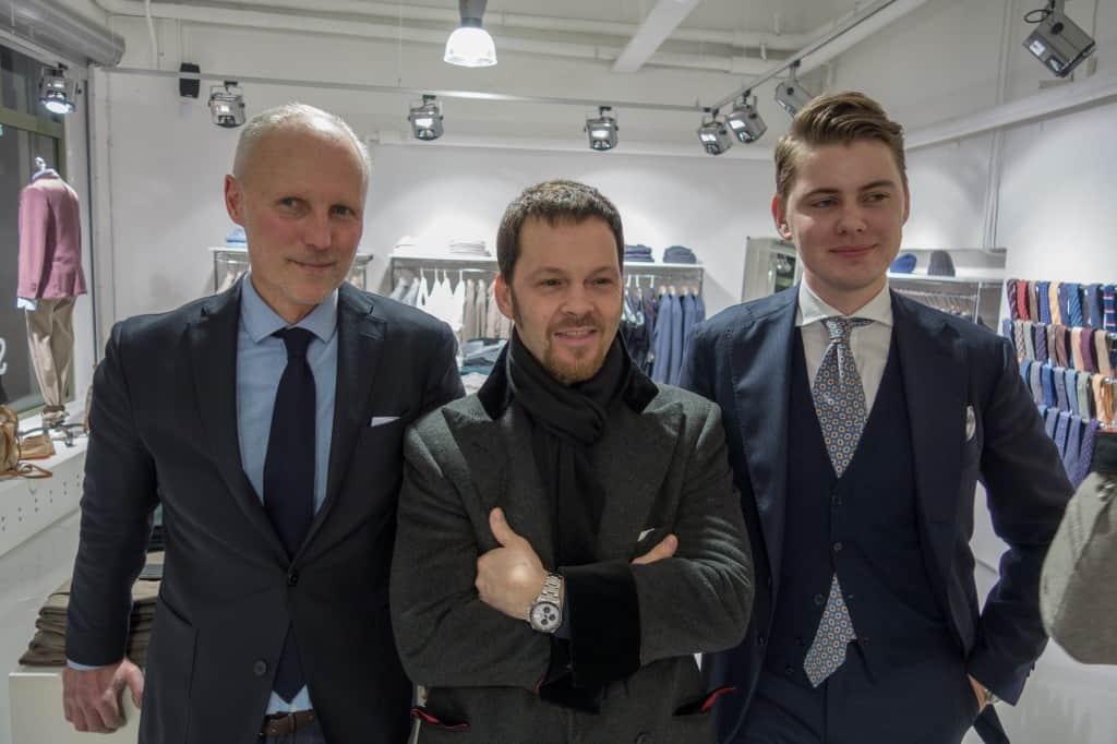 Till vänster Jonas Ericsson, grundare och ägare av Spiga 3, i mitten Riccardo Bestetti, och längst till höger Adam Nohlborg som är den som ligger bakom att butiken nu ska sälja Bestetti.
