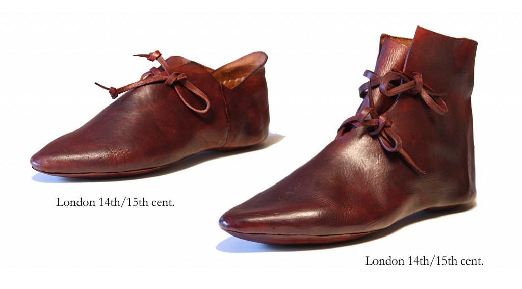 Replikor av en medeltida vändsko. Det finns mängder av försäljning av den nyproducerade skor gjorda med läder garvat som på den tiden, och med den tidens tekniker. Bild: Medieval Design