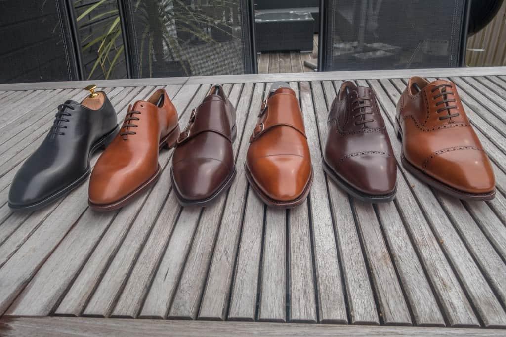 Här är sex av åtta varianter som erbjuds i det basutbud av Yanko som Skolyx tar in, saknas gör plain cap toe oxford-modellen i svart och mörkbrunt (på bild nedan).