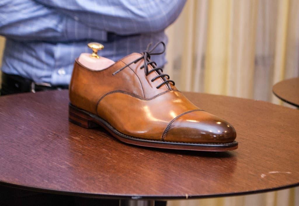 Här har vi slutresultaten, efter 20 minuters gnuggande. Denna är Andreas Weinås sko.