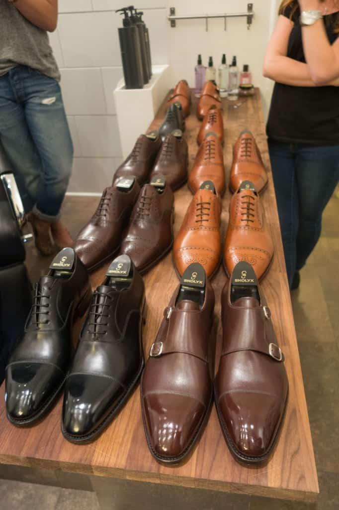 Det utbud av skor som finns i lager hos Skolyx i deras webbutik.