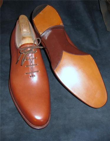 Här är de skorna färdiga. Bilder: Styleforum/Bengal Stripe