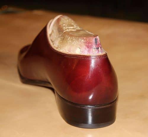 Baksidan på ovanstående. Bilder: The Shoe Snob