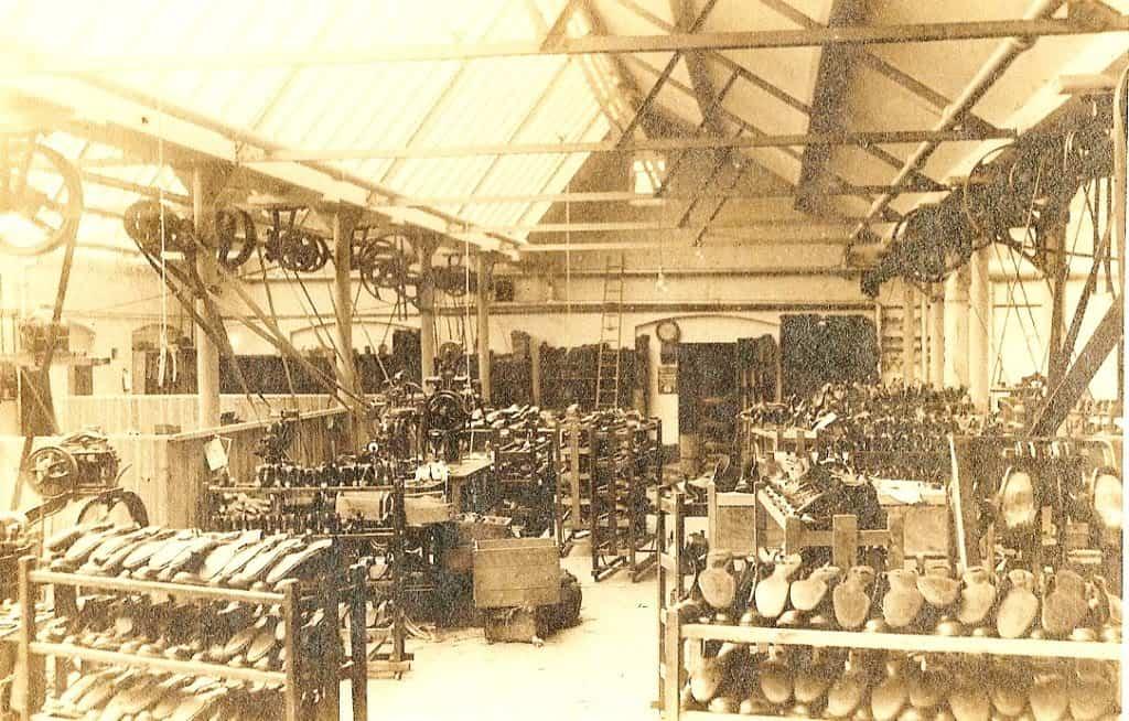 Gammal bild från Alfred Sargent-fabriken back in the days. Bild: Gentleman's Gazette