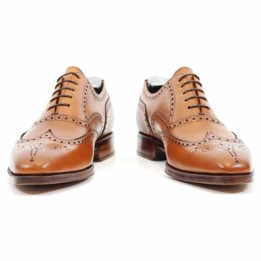 Full brogues i ljusbrunt en av nyheterna i Skolyx utbud av skor från spanska Yanko.