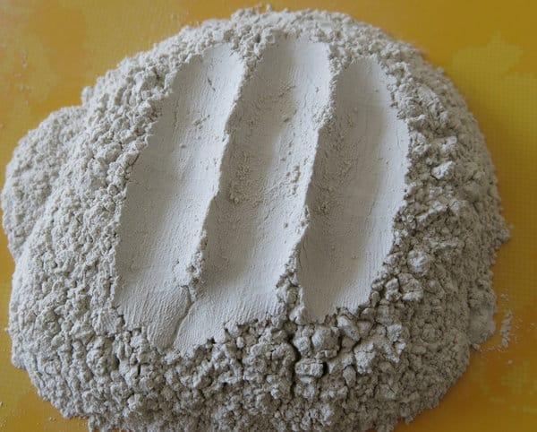 Natriumbentonit, den speciella ingrediensen i GlenKarens nya produkt. Bild: Indonesian Alibaba