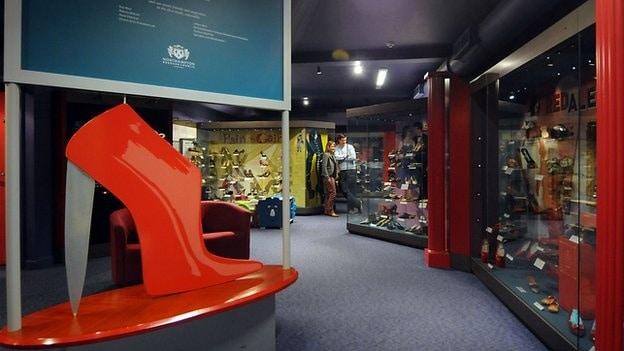 En av museets utställningshallar.
