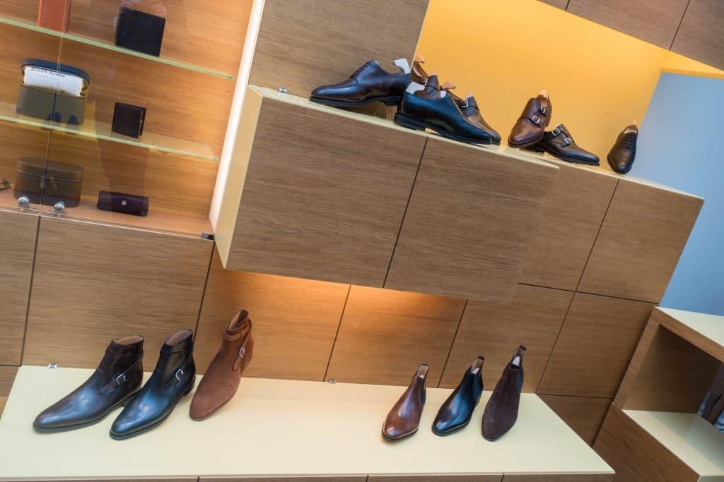 Mer skor.