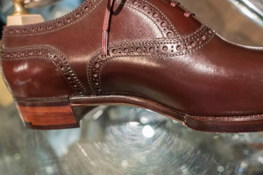 Här en bild på sko från Hiro Yanagimachi.
