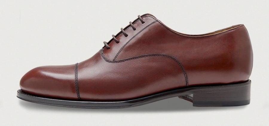 Bild från sidan på en sko från Crownhill Shoes.