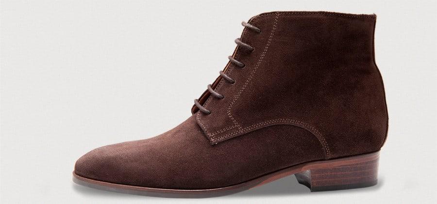 Damkänga i mörkbrun mocka. Bilder: Crownhill Shoes