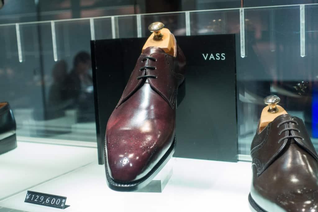 Vass-sko på U-lästen som ju togs fram ihop med Roberto Ugolini just för ett samarbete för Isetan Men's för ett antal år sedan.