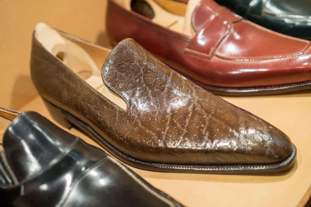 Wholecut loafer i exotiskt läder (är själv osäker på exakt vad det är).