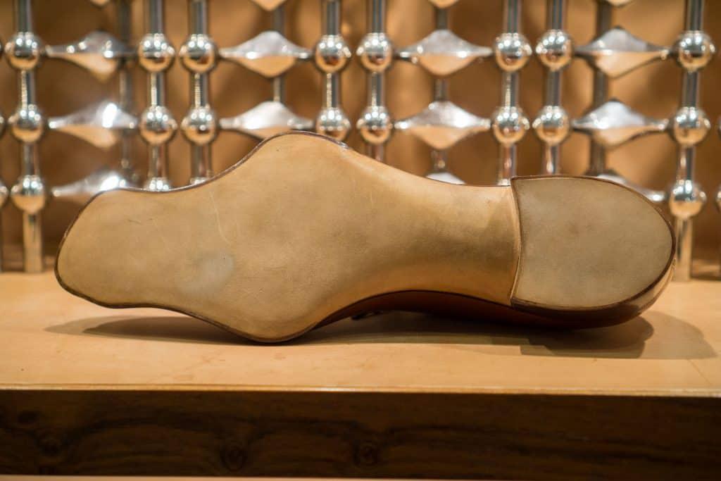 Sulan på den speciella skon som också är på bild överst.