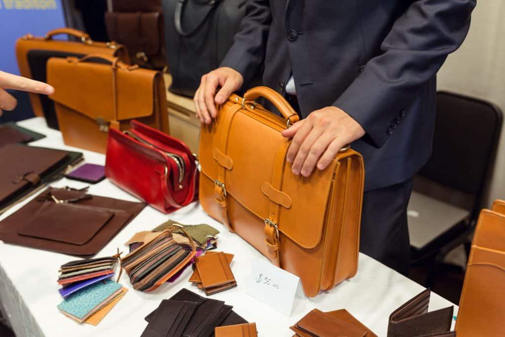 Rejält byggda, amerikanska väskor från Frank Clegg.