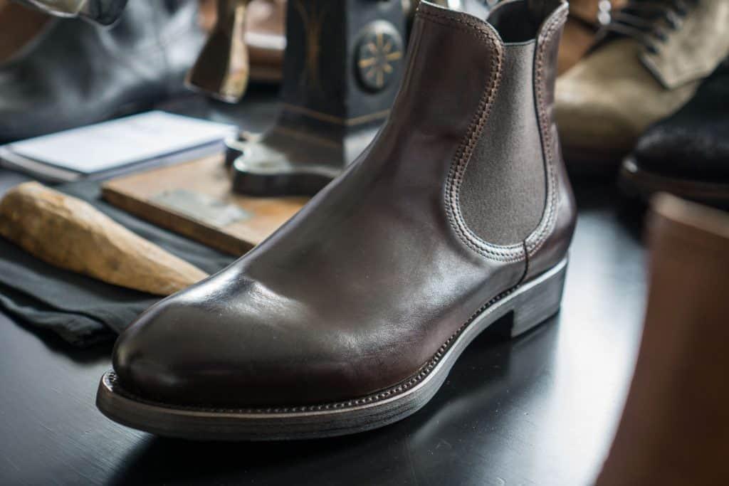En chelsea boot som Antonio Panella designat, där man kan se släktskapet med en del av det han gjorde hos Paul Smith.