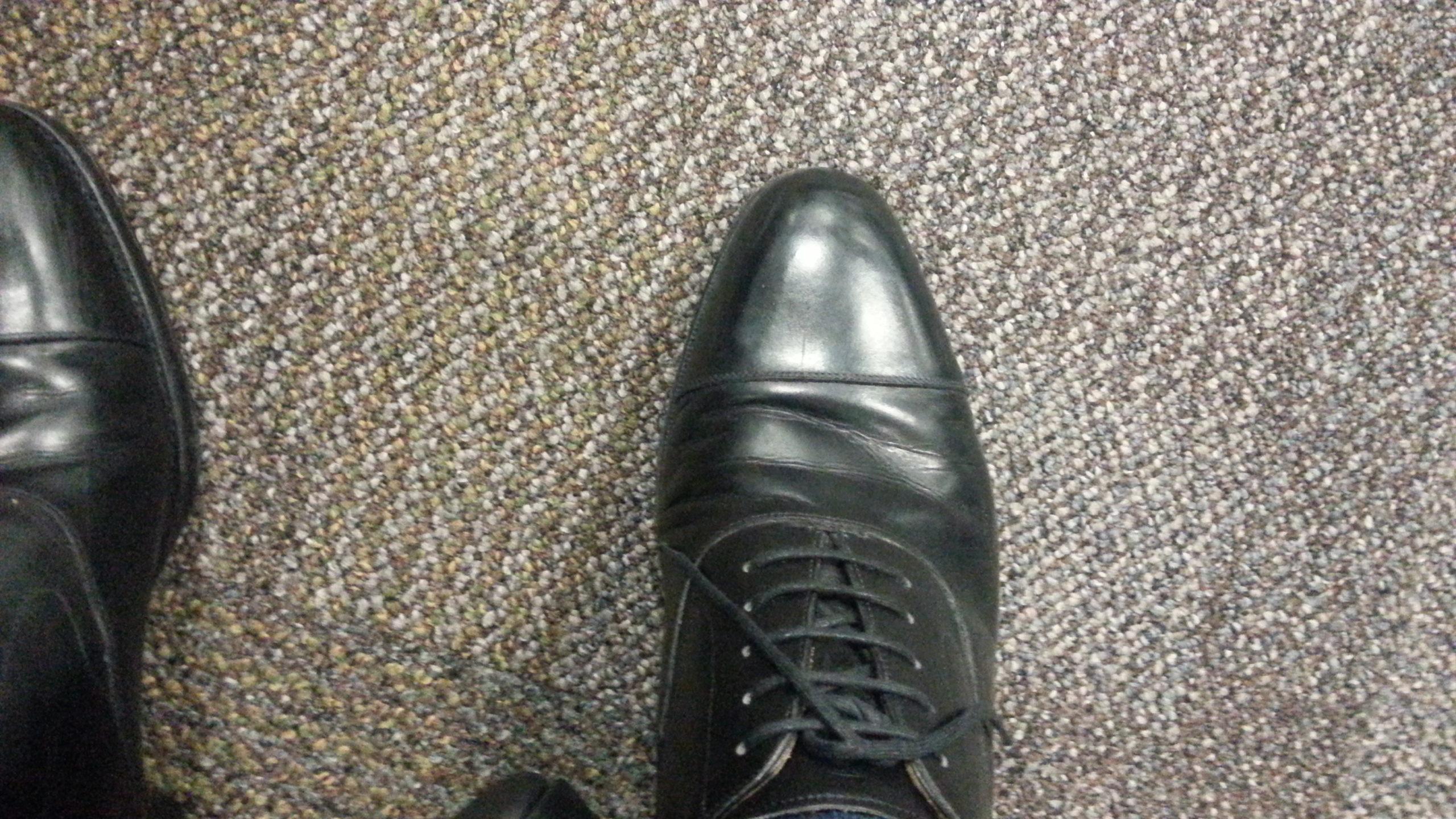 Tipset – Undvika klämda stortår – Shoegazing